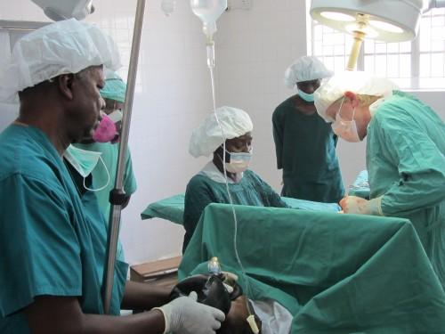 Serabu Sierra Leone Krankenhaus Operation Kaiserschnitt
