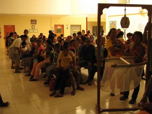 In der Wartehalle
