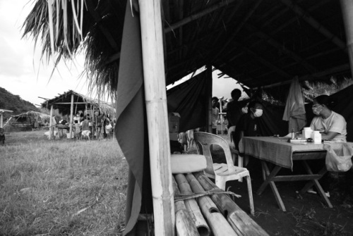 4 verschiedene Hütten bieten Raum für die Rolling Clinic in Panluan